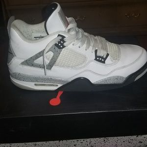 Air Jordan Retro 4 Cement Grey
